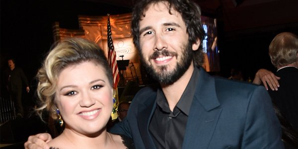 Josh Groban and Kelly Clarkson Duet On 'Phantom of the Opera' Classic