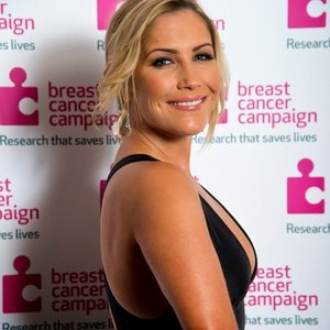 Heidi range heidirangeofficial on myspace