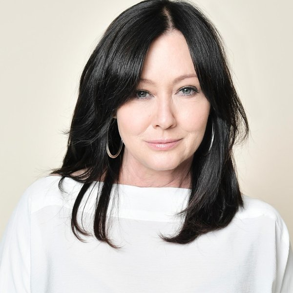 Shannen Doherty reveals she has stage 4 cancer