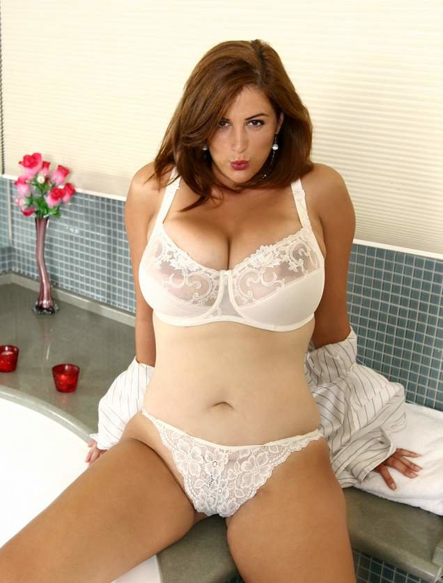 XL Girls  Double Her Pleasure  Alaura Grey Brad Knight